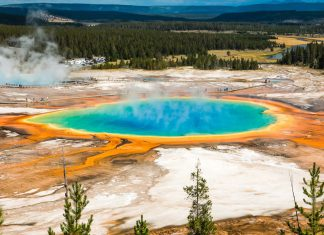 Yellowstone - Wyoming