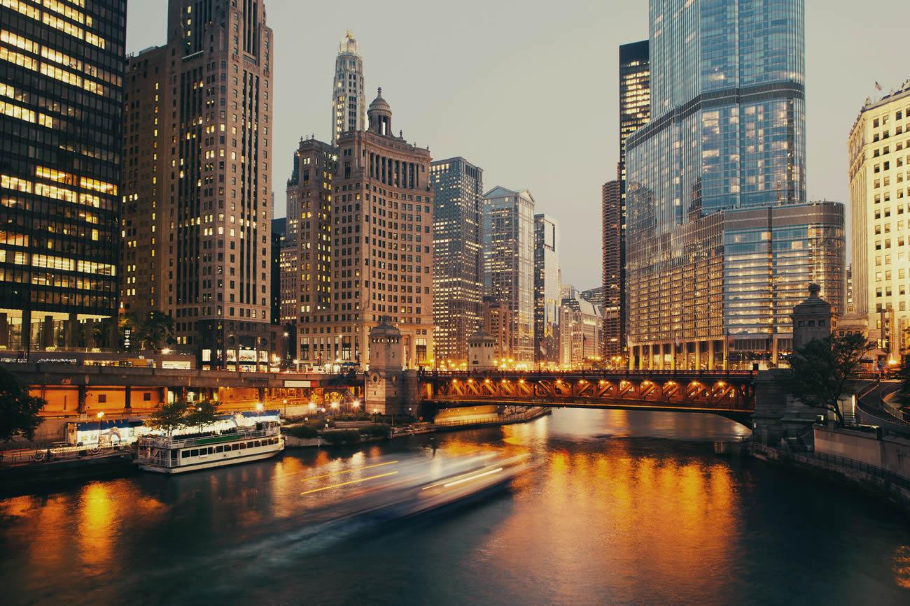 ville des vents chicago capitale de l 39 architecture mondiale 1 2. Black Bedroom Furniture Sets. Home Design Ideas